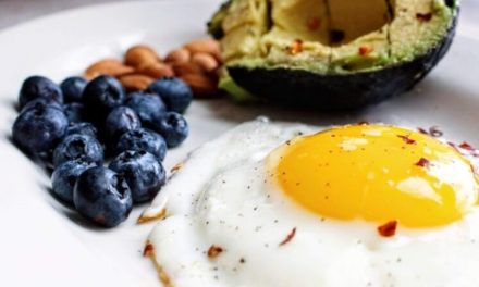 10 Important Keto Diet Foods To Eat